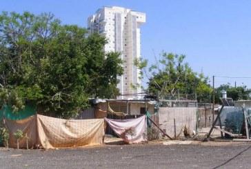 דרישה להפסקת הליכים משפטיים נגד שכונת הארגזים